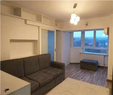 Apartament Nou la revanzare 3 camere  de vanzare  Pacurari,