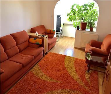 Apartament 4 camere  de vanzare  Tomesti,