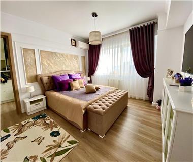 Apartament 4 camere  de vanzare  Tudor Vladimirescu,