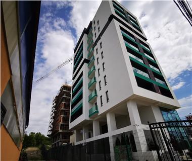 Apartament Nou 5 camere  de vanzare  Pacurari,