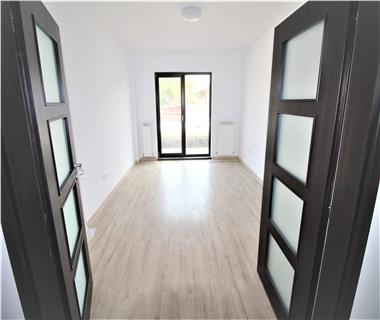 Apartament Nou 4 camere  de vanzare  Galata,