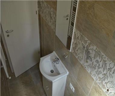 Apartament Nou 4 camere  de vanzare  Tatarasi,