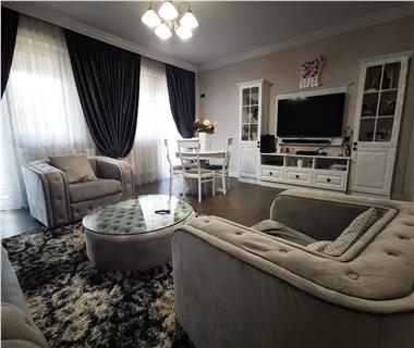 Apartament Nou 4 camere  de vanzare  C.U.G.,