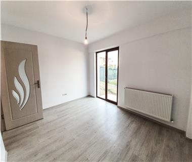 Apartament Nou la revanzare 3 camere  de vanzare  C.U.G.,