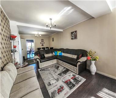 Apartament Nou la revanzare 3 camere  de vanzare  Valea Lupului,