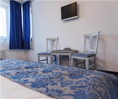 Hotel/Pensiune  de vanzare  Tudor Vladimirescu,