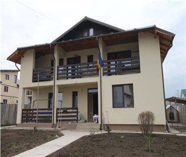 Vila  de vanzare  Galata,