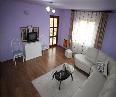Vila Iasi, Miroslava