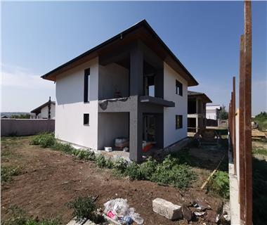 Vila  de vanzare  Pacurari,