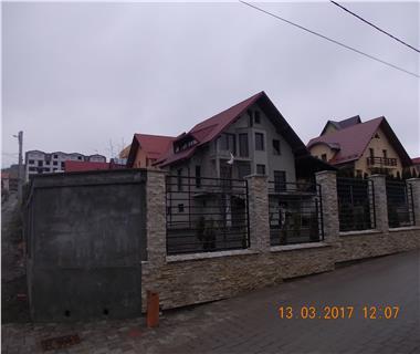 Vila  de vanzare Suceava Burdujeni,